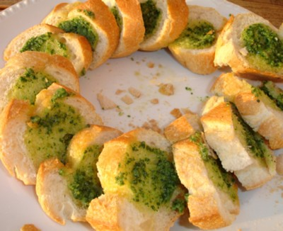 garlic bread (pain à l'ail anglais)