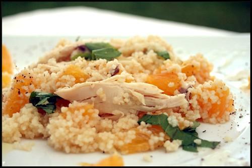 Salade de semoule et restes de poulet