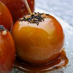 Toffee apples (pommes d'amour)