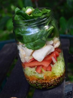 Salade en bocal asiatique